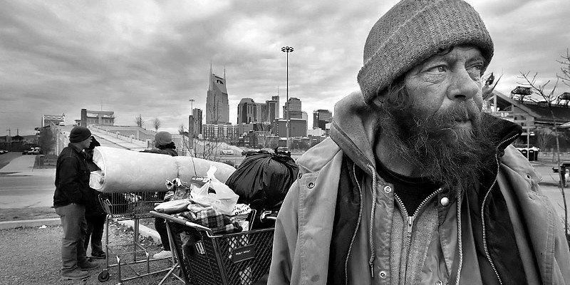 Man-in-american-poverty1-800x400